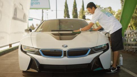 Zelf de auto wassen? Handige tips voor een perfect schoon resultaat